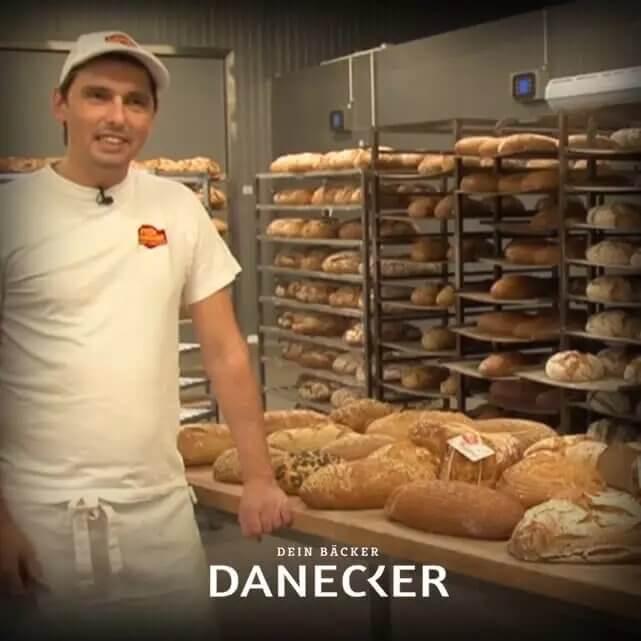Richard Palmetzhofer erklärt den Sauerteig Sauerteigbrot Vollkorn Gebäck Danecker Bäckerei Konditorei Amstetten Bahnhof, Allersdorf, Greinsfurth, Perg, Linz, Wallsee, Aschbach, Maue