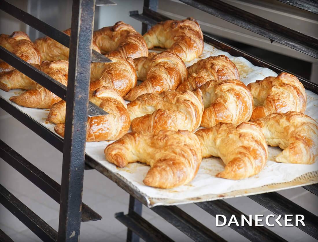 Croissant Blätterteig Mehlspeisen Danecker Bäckerei Konditorei Amstetten Bahnhof, Allersdorf, Greinsfurth, Perg, Linz, Wallsee, Aschbach, Mauer