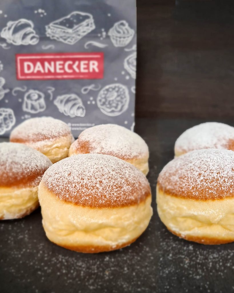 Krapfen-Faschingskrapfen-Mehlspeisen-torten-bäckerei-danecker-Bäcker-amstetten-bahnhof-allersdorf-greinsfurth-perg-wallsee-aschbach-mauer-regionaler-bäcker