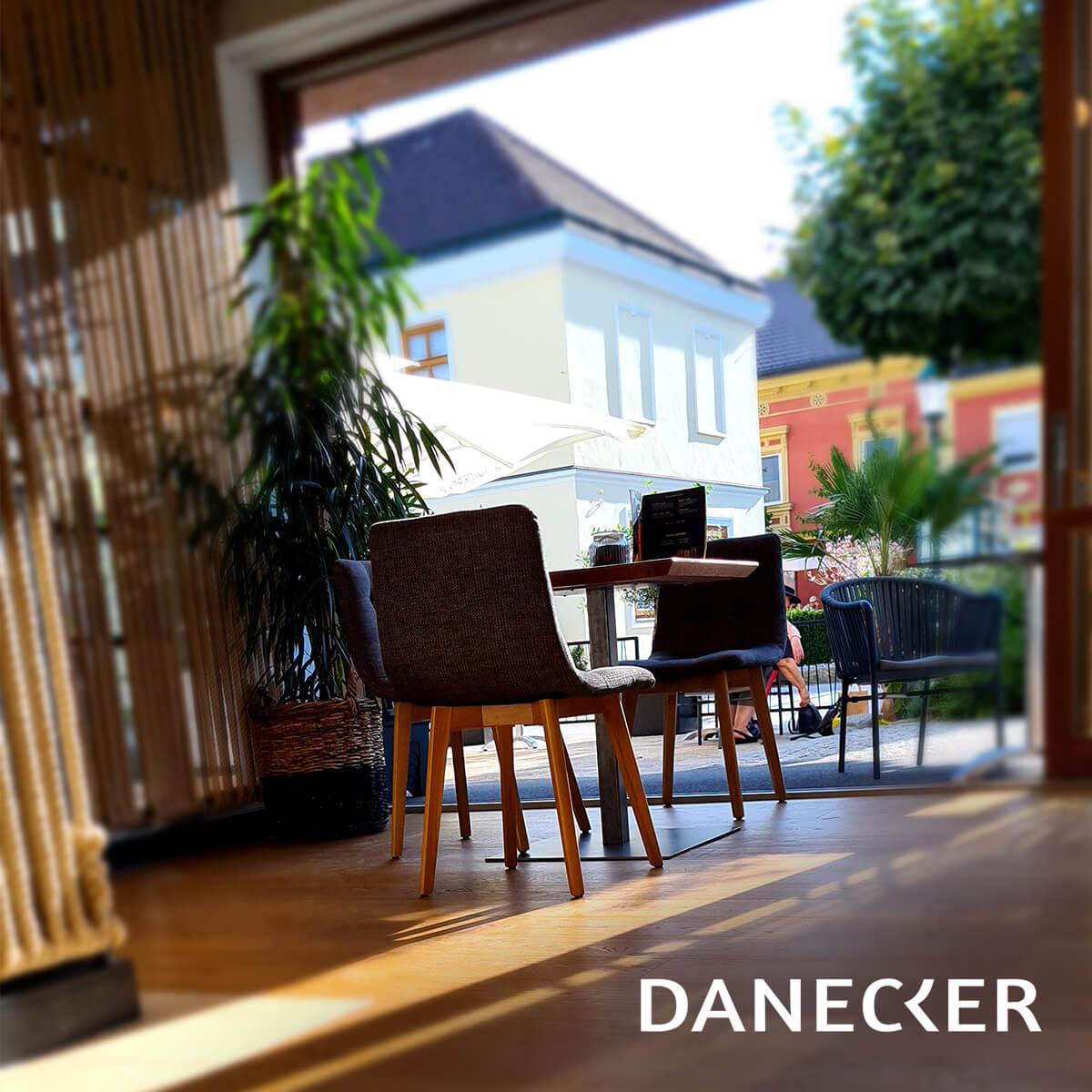 Bäckerei Danecker Wallsee täglich frische Mehlspeisen und Gebäck Snacks